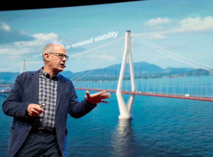 Imagen  Un puente flotante en varios tramos para salvar las aguas profundas de los fiordos noruegos